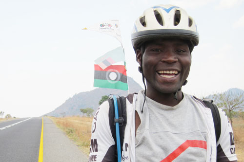 A day's cycling with Malawi no 1 racer: Lilongwe to Dedza, 90km