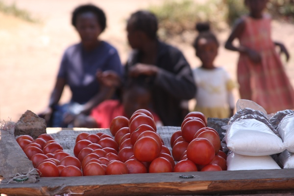Tomatoes sellers