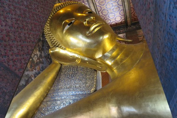 Thailand - Temples, Tsunami reminders and cycle tourists.